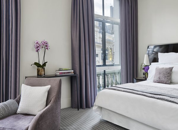 One Aldwych deluxe room london leading hotels of the world london accommodation top hotels